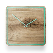 Holz-Wanduhr Eiche Five Minutes Alone